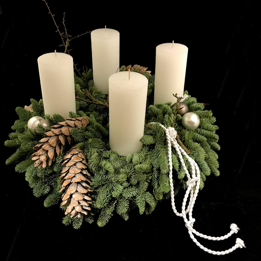 Adventskranz weiß 3
