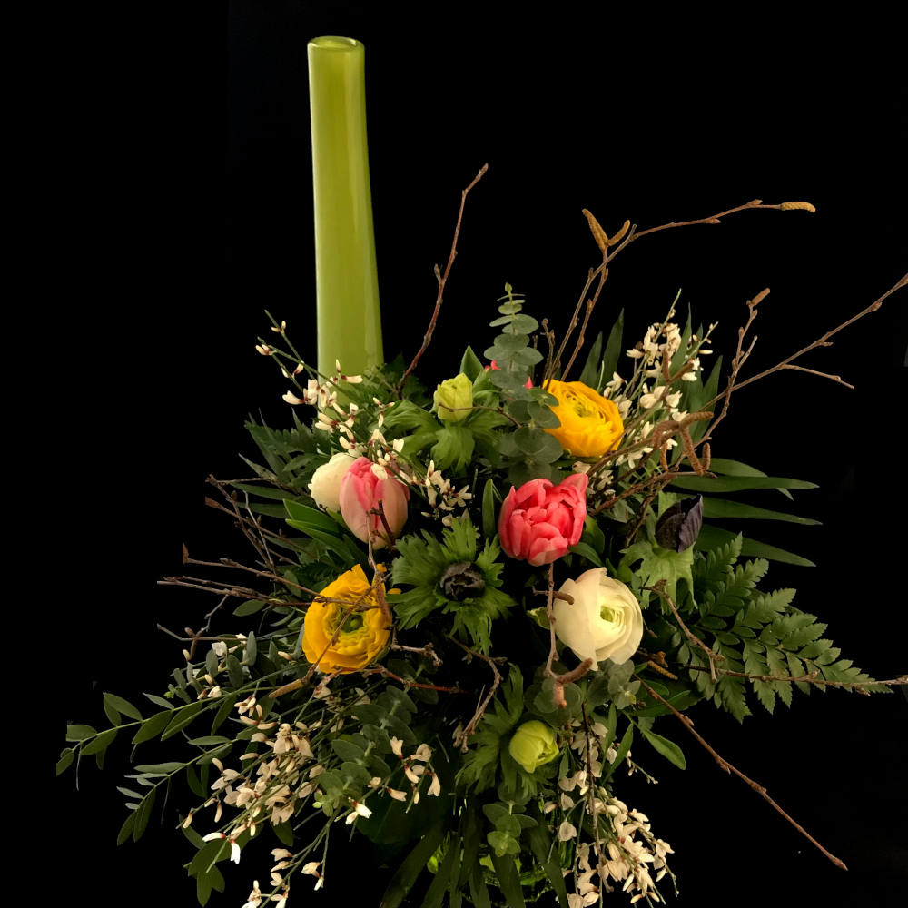 Fruehlingsstrauss-Blumenhaus